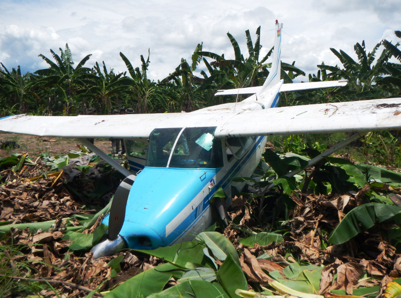 Last Friday, Police agents found a Cessna aircraft (license plate CP 2782) in Puerto Cocos.